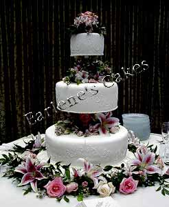 Embroidry 2 design cake