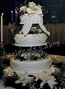 Embroidry, Lace and Bow cake